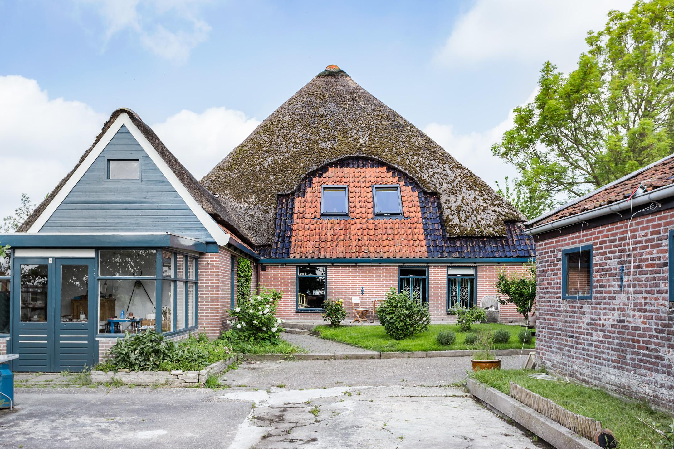 stolpboerderij geschikt voor dubbele bewoning met